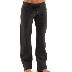 Lululemon Black Cuddle Up Sweatpant Joggers Sz 6